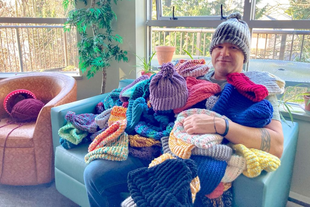 VIDEO: Toquers smash goal to make 150 toques for homeless in time for 'Coldest Night of the Year'